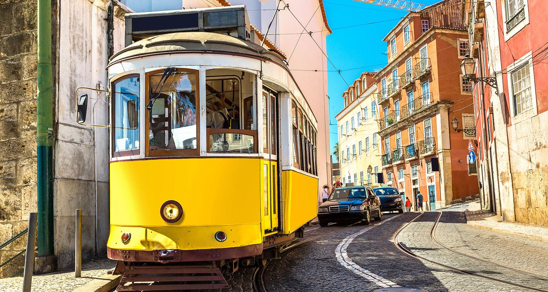Straßenbahn in Lissabon, der Hauptstadt vom Weinland Portugal