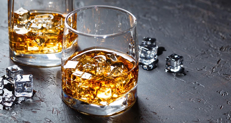 Gläser mit Whisky